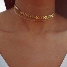 Simple Layered Double Dainty Choker Necklace for Teens in Gold - collar de gargantilla de oro simple Layered Choker Necklace, Layered Chokers, Heart Pendant Necklace, Choker Necklaces, Statement Necklaces, Layer Necklace, Gold Chain Choker, Teen Necklaces, Gold Chains