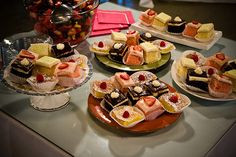 dessert-reception.jpg (500×334)