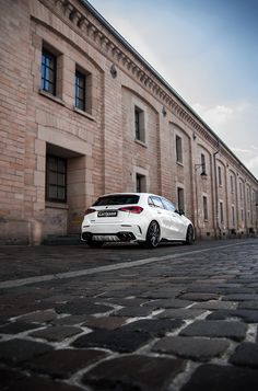 Mercedes Auto, Mercedes Benz Amg, A Class Amg, Cars And Motorcycles, Dream Cars, Showroom, Vehicles, Cars, Mercedes A Class