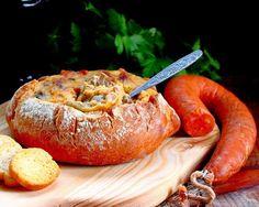 Pão Recheado com Farinheira, Cogumelos e Azeitonas