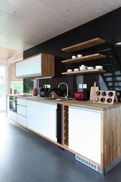interiér Domesi Concept House Kitchen Island, Kitchen Cabinets, Home Kitchens, Concept, House, Furniture, Home Decor, Modern Houses, Trendy Tree
