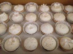 elegent cupcake ideas | Elegant Wedding cupcake tower