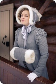 Regency costuming in Russia  y9NVEbFL_VE