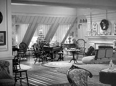 LR W/ FIREPLACE: Google Image Result for http://hookedonhouses.net/wp-content/uploads/2012/12/Holiday-Inn-movie-living-room-wide-shot.jpg