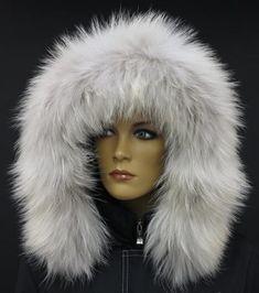 Kožešina na kapuci z mývalovce č. 4057 barva ARKTIK 2. JAKOST
