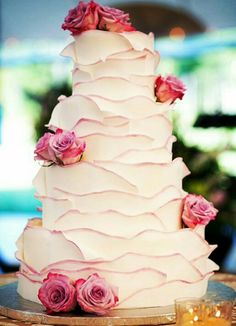 Wedding Cake - Ruffle Cake with Rosewood Pink trimming
