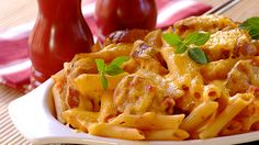 Pasta bake with pork sausage & tomato. I found this on here earlier but when I clicked the link it said spam so I made it my personal job to go find this link. Pasta Penne, Tomato Pasta Recipe, Pasta Meals, Great Recipes, Dinner Recipes, Favorite Recipes, Yummy Recipes, Dinner Ideas, Tomato Sausage Recipe