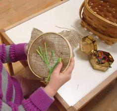 Art Montessori, Montessori Classroom, Montessori Materials, Montessori Elementary, Art For Kids, Crafts For Kids, Arts And Crafts, Quick Crafts, Sewing For Beginners