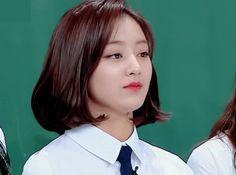 Kpop Short Hair, Girl Short Hair, Cut Her Hair, Hair Cuts, Wattpad, Leader Twice, Fanfiction, Jihyo Twice, K Pop Star