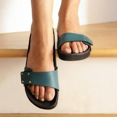 Mohop Shoes: Made to Order Vegan Sandals