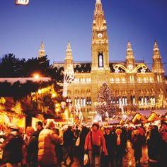 © WienTourismus/Peter Rigaud Christmas Markets