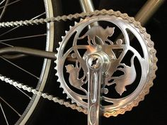 Cats on chainring