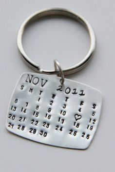 Sterling Calendar Keychain Gift For Him Calendar Key Chain Wedding Favors Save The Date Anniversary Valentines gift Ldr Gifts For Him, Valentines Gifts For Him, Little Gifts For Him, Kids Valentines, Valentine Calendar, Cute Gifts, Diy Gifts, Craft Gifts, Cadeau St Valentin