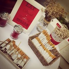 Voule Eventos Cigar Bar Bodas, Creative Wedding Favors, Deli Food, May Weddings, Ideas Para Fiestas, 50th Birthday Party, Wedding Stationary, Wedding Styles, Our Wedding