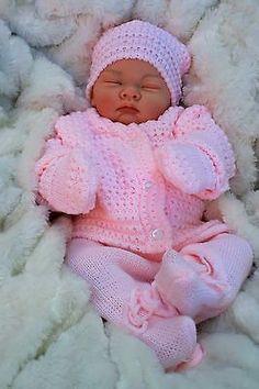STUNNING REBORN LIFELIKE BABY GIRL IN SPANISH KNITTED SET FULL LIMBS 016
