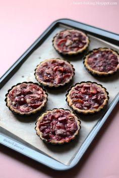 i heart baking!: strawberry rhubarb tartlets