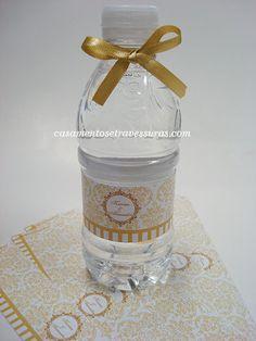 Festa Tema: Preto e Dourado,um Luxo a parte! | Make na Cozinha! Its My Bday, Water Bottle, Drinks, Paris Theme, Quinceanera, Luxury, Ideas, Kitchen, Dress