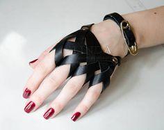 Dark Fashion, Gothic Fashion, Leather Fashion, Leather Accessories, Leather Jewelry, Fashion Accessories, Grunge Accessories, Hand Accessories, Leather Ring