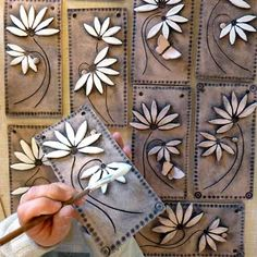 Daisy Tiles by Maggie Betley - Ton Clay Wall Art, Ceramic Wall Art, Ceramic Clay, Clay Art, Hand Built Pottery, Slab Pottery, Pottery Art, Ceramic Flowers, Clay Flowers