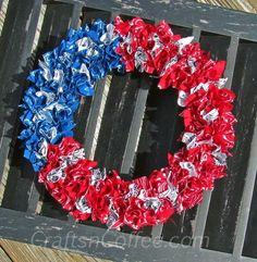 DIY 4th of July : DIY An easy, patriotic wreath kids