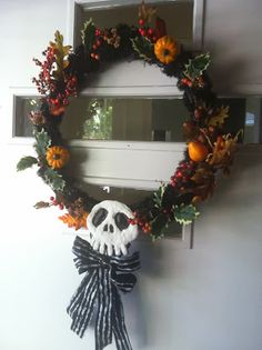 Nightmare Before Christmas Wreath How-To