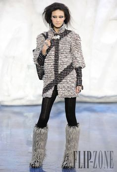 Chanel – fall-winter 2010-2011 RTW