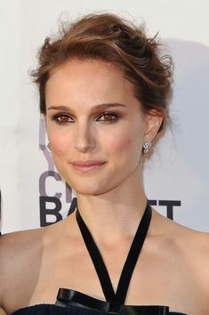 Natalie Portman - love the eye makeup!