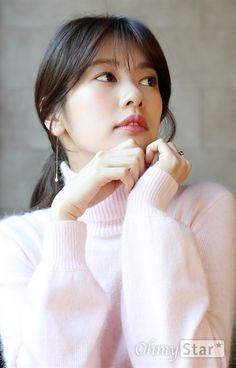 Young Actresses, Korean Actresses, Asian Actors, Korean Actors, Actors & Actresses, Jung So Min, Hwang Jin Uk, Korean Celebrities, Celebs