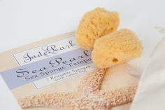 Sea Pearls är mjuka, naturliga tamponger skördade från havet. Ekologiskt och miljövänligt. 198 kronor på www.TampongShopen.se