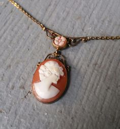 Vintage Italian Genuine Shell Cameo Sterling Silver 925 Vermeil Necklace