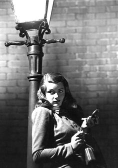 The actress is Nancy Guild, but I don't know the movie.  It could be the film noir Somewhere in the Night.  Or not. If you have any info, please let me know.