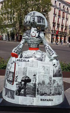 #MeninasMadrid Infanta Margarita, Diego Velazquez, Foto Madrid, Virtual Art, Wooden Dolls, Public Art, Installation Art, Contemporary Artists, Travel Inspiration