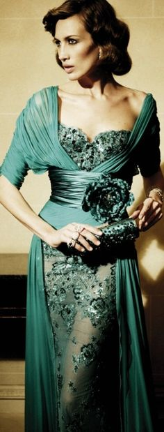 Flashback..Gorgeous Glam Green Lace  Chiffon Gown by ZUHAIR MURAD..I wish he would bring some of these gowns back..