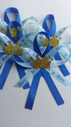 Items similar to Prince Guest pins SALE on Etsy Distintivos Baby Shower, Baby Shower Favors, Baby Shower Themes, Baby Shower Invitations, Baby Shower Gifts, Baby Shower Decorations For Boys, Baby Shower Centerpieces, Royalty Baby Shower, Theme Color