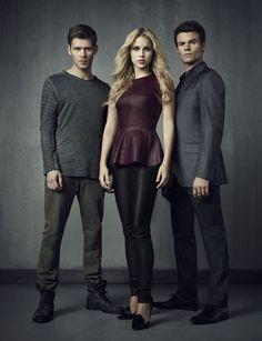 the vampire diaries clare holt | atriz claire holt que vive a personagem rebekah em the vampire diaries ...