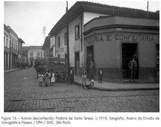 A cidade de São Paulo e a era dos melhoramentos materiaes: Obras públicas e arquitetura vistas por meio de fotografias de autoria de Militão Augusto de Azevedo, datadas do período 1862-1863