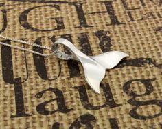 Dolphin Tail Necklace sterling silver Dolphin Tail Pendant charm necklace with 925 Sterling Silver Chain (N-09) €21,92 EUR Silversmith925  Regalitos de Marta en Etsy
