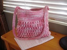 Ravelry: Crochet Cluster Stitch Shoulder Bag pattern by Vintage