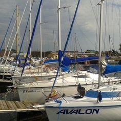 Avalon czy Epsilona znajdziecie nie tylko w alfabecie greckim czy mitologii celtyckiej :) #zeglarstwo #marina #lubczyna
