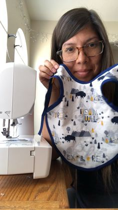 Best 12 Just a peek into sewing this Adventure Mountain print small bapron Baby Bibs Patterns, Sewing Baby Clothes, Bib Pattern, Baby Sewing Projects, Baby Crafts, Baby Bows, Crochet Baby, Kids Outfits, Homemade Baby
