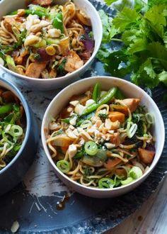 4 favorittsupper - Mat På Bordet Asian Recipes, Ethnic Recipes, Laksa, Wok, Japchae, Spicy, Curry, Food Porn, Good Food