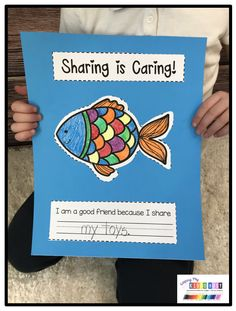 Friendship and Social Skills for kids and students - adorable activities and printables to go with the book The Rainbow Fish - kindergarten - first grade - second grade - pre-k unit on how to be a good friend - how to make friends - how to keep friends The Rainbow Fish, Rainbow Fish Eyfs, Rainbow Fish Activities, Rainbow Fish Crafts, Preschool Books, Kindergarten Activities, Preschool Friendship Activities, Craft Books, Book Crafts