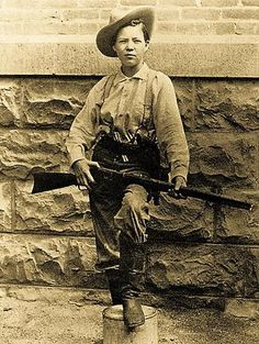 Mesmerizing Historical Photos From The Wild Wild West   Historian Insight  Pearl Hart female outlaw