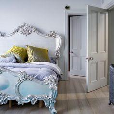 lit baroque, lit shabby chic pour la chambre à coucher