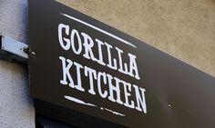 Gorilla Kitchen  / Bild: Die Presse Kitchen In, Vienna, Places To Go, Lunch Time, Random, Home Decor, Life, Pictures, Decoration Home