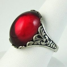 RED Vampire Kiss Ring Adjustable Gothic Glass Ring