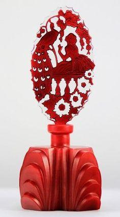 red - vintage Pesnicak peacock and girl - detail - perfume bottle Red Perfume, Perfume Atomizer, Beautiful Perfume, Antique Perfume Bottles, Vintage Perfume Bottles, Art Deco, Parfum Mademoiselle, Perfumes Vintage, Perfume Diesel