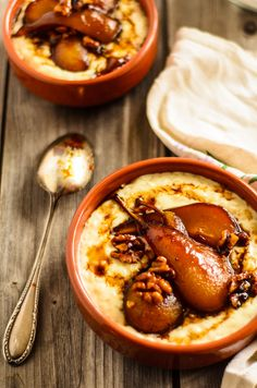 Creamy ginger rice pudding - Pearl rice cooked in an infusion of milk, vanilla, and warming ginger. Than topped with crunchy caramelized pears and walnuts.
