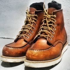 #redwingaddicted • Instagram photos and videos Suit Shoes, Men's Shoes, Wing Shoes, Fashion Boots, Mens Fashion, Red Wing Boots, Hiking Boots, Man Boots, Denim