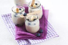 iogurtes de amêndoa com mirtilos